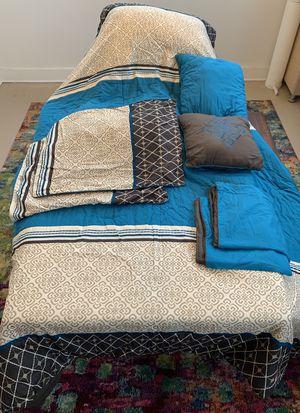 Queen Bedding Set for Sale in Detroit, MI