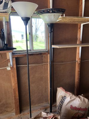Floor lamps for Sale in Circleville, OH