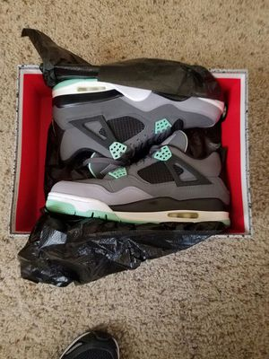 Jordan Retro 4 glows for Sale in Fairfax, VA