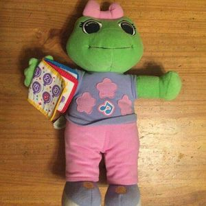 """Leapfrog Lily Plush Toy 12"""" Spanish And English Learning for Sale in Elmont, NY"""