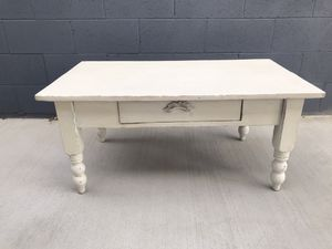 Shabby Chic Coffee Table for Sale in Orange, CA