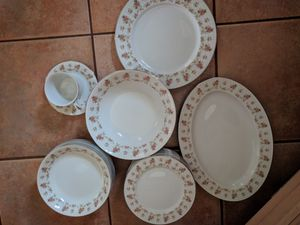 45 pieces China set for Sale in Highland, MD