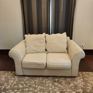 Nice Little Loveseat / Couch 5 Feet 7 Inches for Sale in Fircrest, WA
