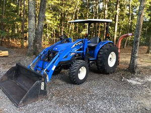 2004 New Holland TC55DA Tractor With Low Hours, 4x4, & 4in1 Bucket!!! for Sale in Hopewell, VA
