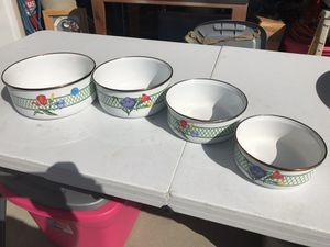 Tulips Enamel Mixing Bowls - Vintage - Nesting for Sale in Holly Springs, NC