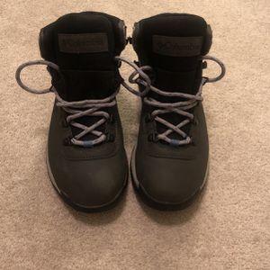 Women's Newton Ridge Plus Hiking Boot for Sale in Culver City, CA