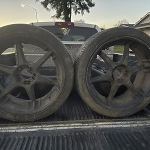 Whells And Tires 5 Holes Universal for Sale in Gilroy, CA