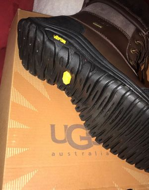 Uggs for sale all size 7 8 9 10 11 brand new women for Sale in New York, NY