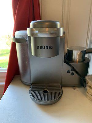 Keurig coffee maker for Sale in Carver, MA