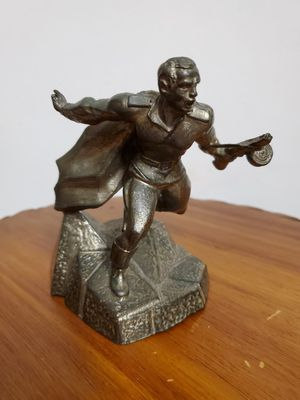 """Vintage Made in USSR 1960-1970,Original Bronze Statuette """"FOR THE MOTHERLAND"""" Height 4 3/4 """"(12 cm). Weight 1lb 13 oz. for Sale in Miami, FL"""