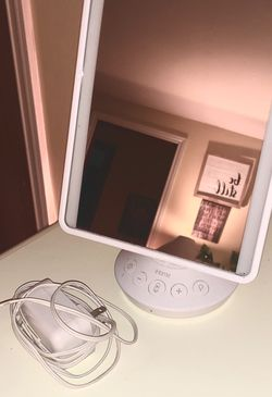 iHome Vanity Mirror for Sale in Redmond,  WA