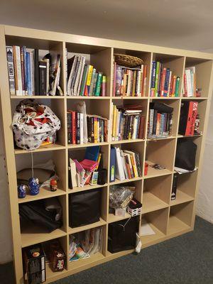 Book shelf for Sale in Oakland, CA
