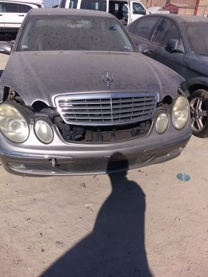 2004 Mercedes Benz E320 for parts for Sale in Houston, TX
