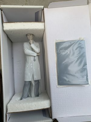 Ceramic Doctor Figurine for Sale in Los Angeles, CA
