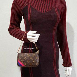 Limited Edition Louis Vuitton Mini Pochette Monogram for Sale in Santa Ana, CA