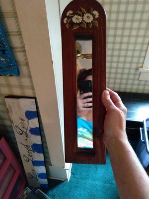Small wall mirror for Sale in Lacon, IL
