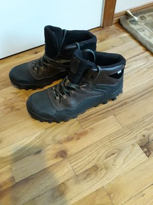 VERY NICE MEN'S BOOTS SIZE 14 FOR SALE for Sale in Sammamish, WA