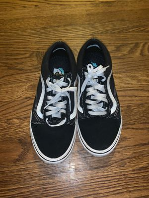 Classic vans size 9.5 for Sale in Hayward, CA