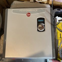 Rheem Rheem Performance 27 kw Self-Modulating 5.27 GPM Tankless Electric Water Heater for Sale in Boonville,  NY