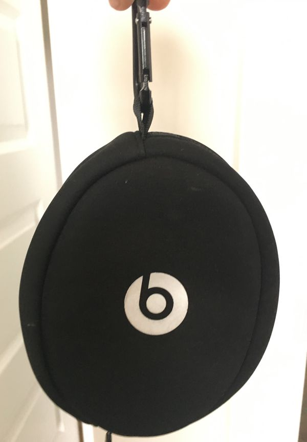 Beats wired silver headphones