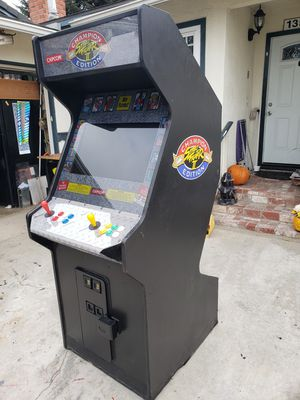 Nice clean arcade game with 1500 games. All new parts free delivery for Sale in Midway City, CA