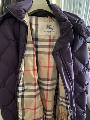 Burberry failford womens jacket size L for Sale in Staten Island, NY