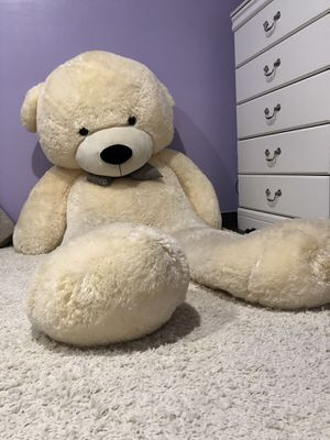 6ft teddy bear for Sale in Salt Lake City, UT