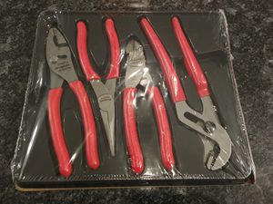 Snap-on Tools 4 piece pliers / cutter set red for Sale in Romeoville, IL