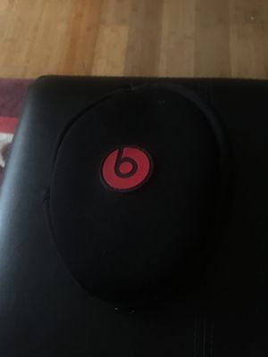 Solo Beats 1 without aux for Sale in Atlanta, GA