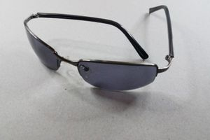 Perry Ellis Portfolio Sunglasses with Polorized Blue Lens for Sale in Las Vegas, NV