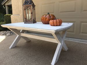 Farmhouse Style Coffee Table for Sale in Turlock, CA