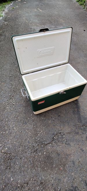 Vintage Coleman camping cooler for Sale in Renton, WA