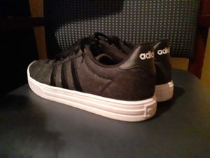 CHOES adidas GREAT CONDITIONS for Sale in City of Industry, CA