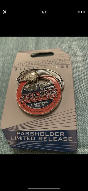 Disney World Galaxy's Edge Pin PassHolder Limited Release for Sale in Davie, FL