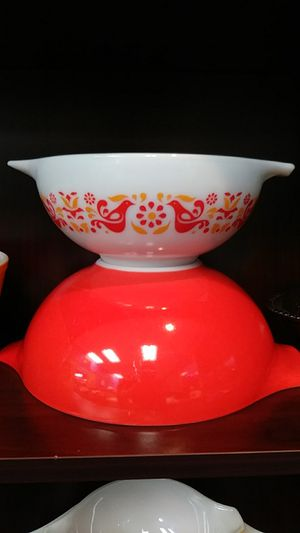 Vintage PYREX Friendship Cinderella Mixing Bowls #443 & #444 for Sale in Chesapeake, VA