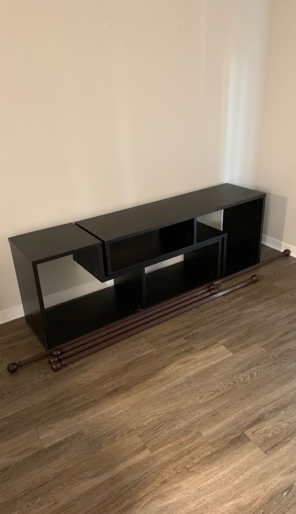 Free tv stand and headboard pickup today only!!!