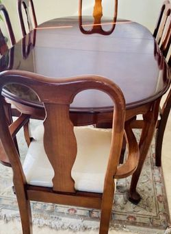 Dining Table With Chairs for Sale in Irvine,  CA