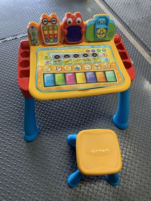VTech Kids Touch and Learn Activity Desk Red Easel Alphabet Numbers Letters for Sale in Sacramento, CA