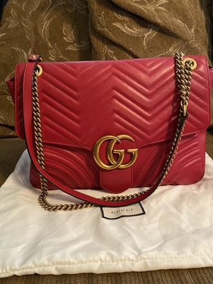 Gucci GG Marmont Large Shoulder Bag for Sale in Vernon, CA