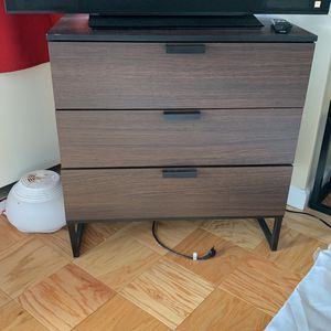 Three Drawer Chest for Sale in North Bergen, NJ