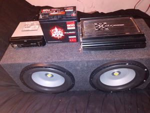 car audio System barely month old for Sale in Stockton, CA