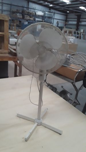 Oscillating three speed fan with stand for Sale in Tampa, FL