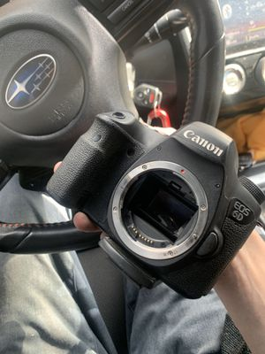 Canon 6D full frame DSLR camera for Sale in San Diego, CA
