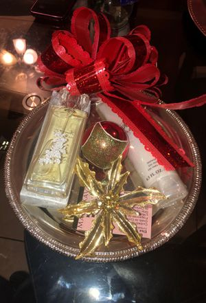 Mary Kay Forever Diamonds perfume and Forever Diamonds Shower Gel for Sale in Los Angeles, CA
