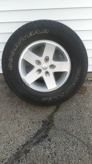 Tire w/ rim for Sale in Homer Glen, IL