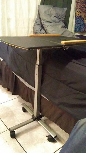 Breakfast in bed table,adjustable heigths for Sale in Saint Petersburg, FL