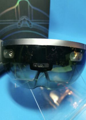 Microsoft HoloLens All Glasses Reality Mixed for Sale in Los Angeles, CA