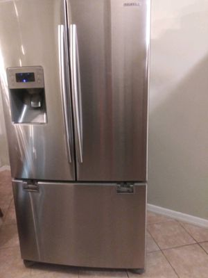 Samsung stainless refrigerator for Sale in Union Park, FL