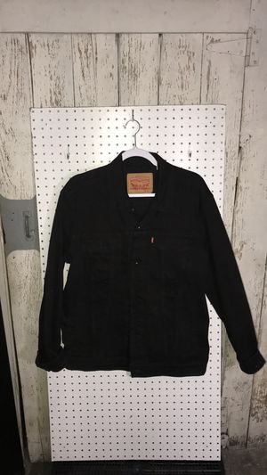 Levi's Men's Trucker Jacket (Large) for Sale in Chicago, IL