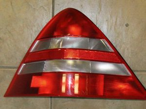 1997-2000 Mercedes Benz R170 SLK230 Driver {Left} Side Tail Light for Sale in Kenmore, WA